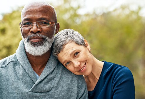 Gray Hair Causes and Fixes: Touch-Ups, Natural Coloring Tips