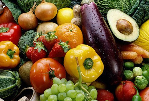 Colorful foods that help fight cancer.