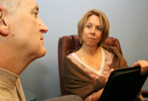 A man goes through therapy to resolve his phobia issues.