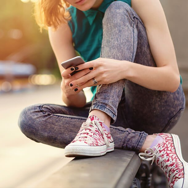 Teen Drama Handling Mean Girls, Cyber Bullying, And Sexting-1140